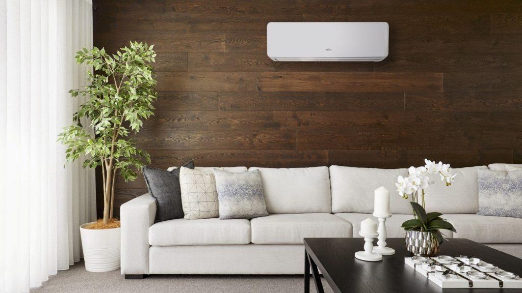 set-astg09kmtc-fujitsu-reverse-cycle-split-system-air-conditioner-in-lounge.jpg